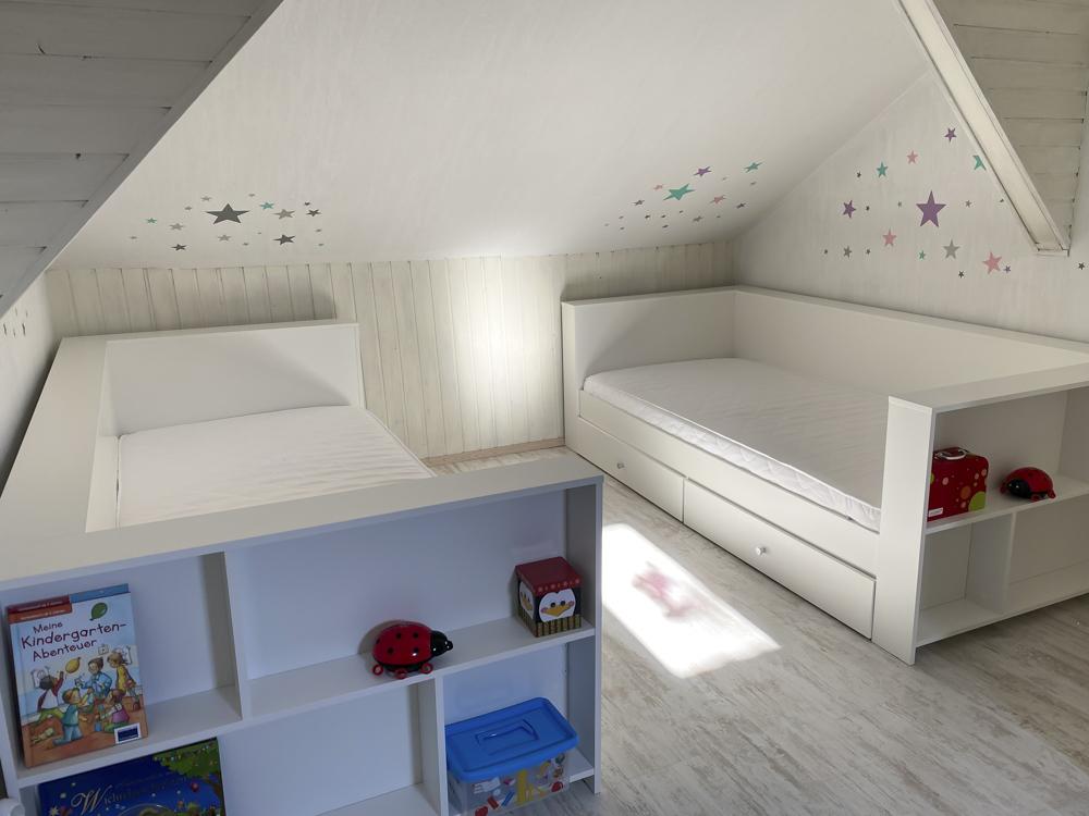 Rausfallschutz für das Kinderbett – ja oder nein?