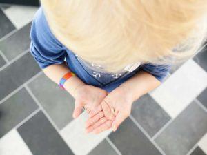 Mama-Alptraum – Mein Kind verliert bei einem Sturz seinen Schneidezahn